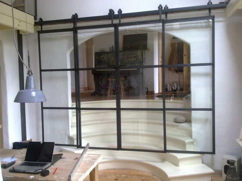 Glas woonkamer schuifdeuren - Metaal schorsing en glazen ...
